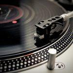 アナログレコード 近年、生産量が増加
